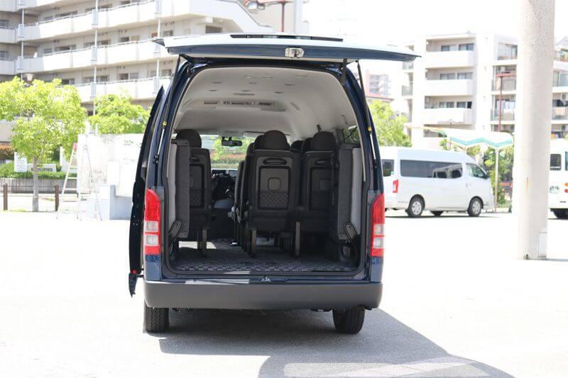 貸切バス旅行 TOYOTA HIACE COMMUTER