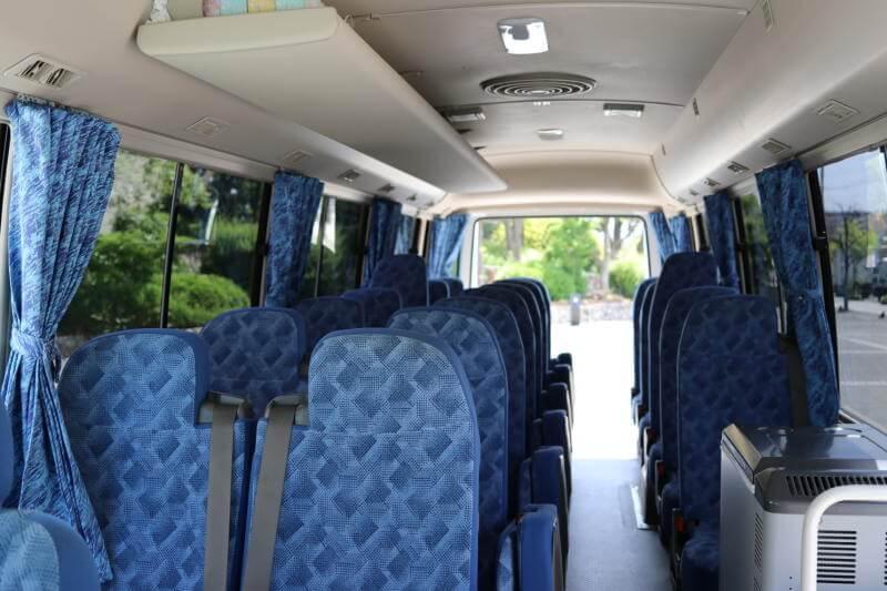 貸切バス 三菱ローザ(スーパーロング)座席
